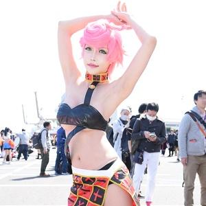 セクシー「ジョジョ」レイヤーからバニーガール先輩まで!コスプレ美女がAnimeJapan 2019に大集合