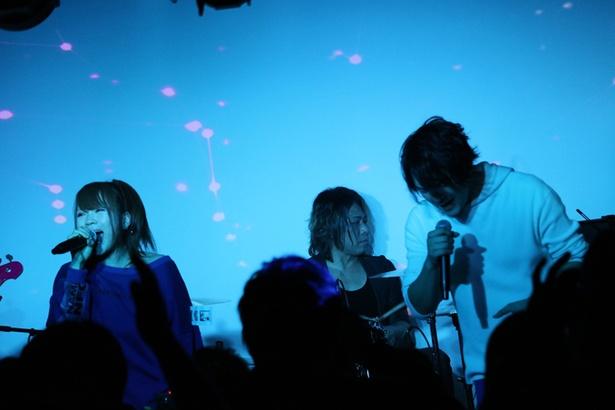 BLUE BELLのデビューライブは赤松芳朋バンドと共に