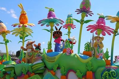 サンパー、ミス・バニー、ブレア・ラビットなどのウサギの仲間が続々と登場