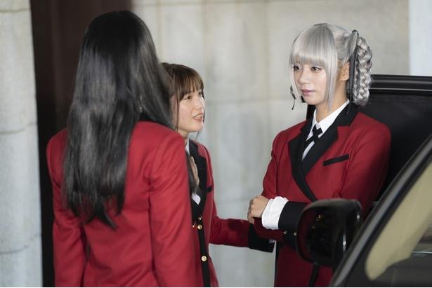 学園の生徒会長である桃喰綺羅莉(池田エライザ)はどこへ?