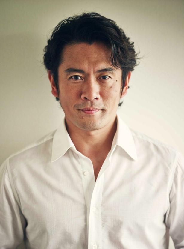 """""""シロさん""""""""ケンジ""""と呼び合う2人を演じた西島秀俊と内野聖陽に「再現度高い」との声が続出した"""