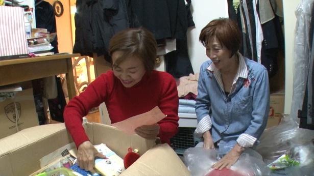 【写真を見る】初回はスペシャル第5弾に「実家の断捨離」で出演した武田家の娘・美香さんの家を断捨離