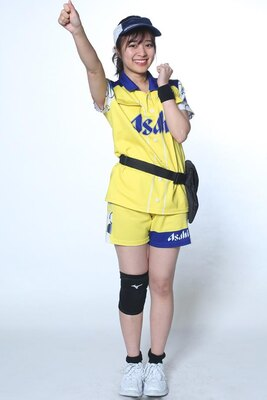 渡邉愛子 / 1年目 / 笑顔で頑張ります!左えくぼがチャームポイントです