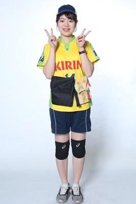 山田奈央 / 1年目 / 大きい声を出して、一緒にドラゴンズを盛り上げたいです!頑張ります!