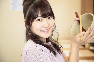 人気連載「SKE48のふぅふぅ女子♥」のスピンオフ企画として、「メンバーとおいしいラーメンを食べた~い♥」を勝手に妄想しちゃいました!今回の彼女はチームEの平田詩奈ちゃん♪