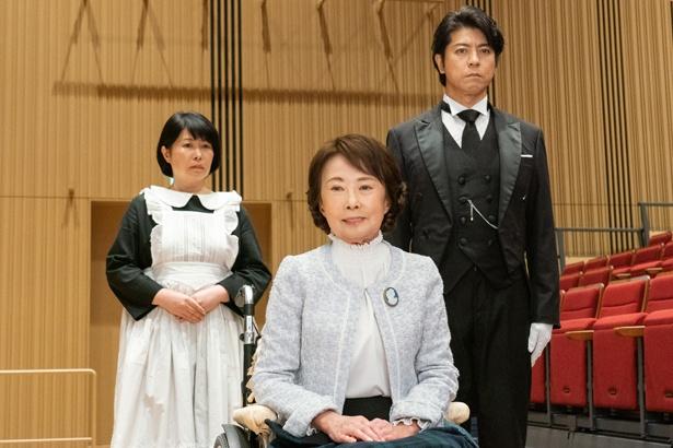 【写真を見る】いついかなる時も百合子さまを第一に考える西園寺(上川隆也)のりりしい表情…!