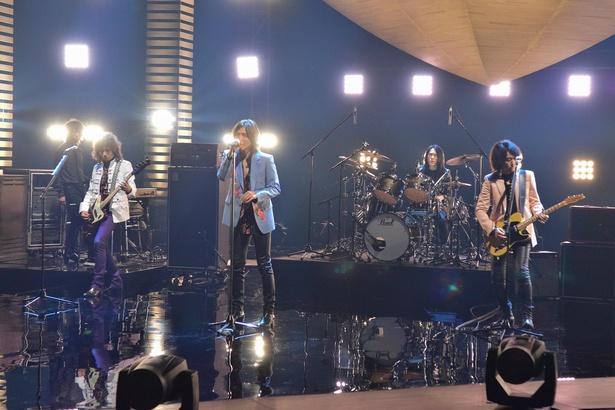 メンバーの思い入れも強い楽曲「Horizon」をテレビ初披露