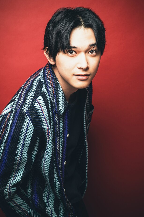 吉沢亮は本作で2役を演じた