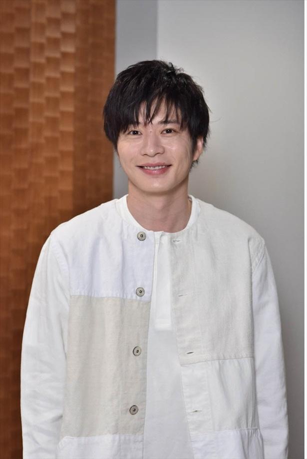 手塚翔太(田中圭)