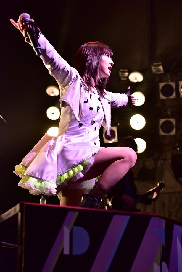 綾野ましろが東京・TSUTAYA O-WESTで2日間のワンマンライブ「ID -fourth spring-」を開催(写真は4月13日のもの)