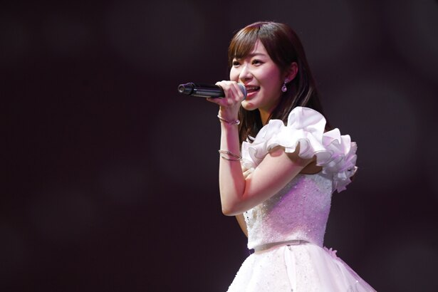 HKT48・指原莉乃が地元・福岡での最後の劇場公演に出演した