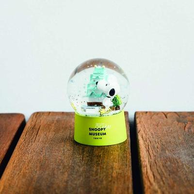大阪限定ウォータードーム(3240円)。大阪城がウォータードームに/スヌーピーミュージアム展