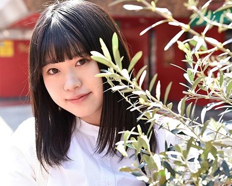 アイドル活動を経て、シンガーソングライターとして活動中! 神奈川県出身、16歳。現役高校生の原田珠々華が今を語る【前編】