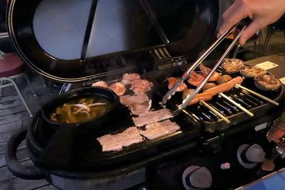 牛肉や豚肉もいいが、やはり海鮮串や大あさりが旨い!