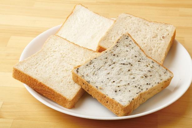 単品では十一穀パン、胚芽パン、ゴマパン、モーニングで使用するホワイトパンの4種類を用意 / SANDWICH HOUSE エスニークス