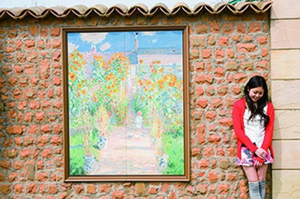 ヴェトゥイユのモネの庭など、陶板に再現された名画が鑑賞できる/ガーデンミュージアム比叡