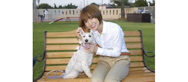 初出演映画で、ちょっと変わった愛犬家を演じた篠田麻里子