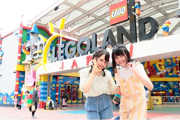 【写真を見る】SKE48の9期生として18年12月に加入した杉山菜田里(左)と大橋真子(右)