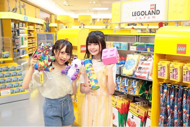 「ぬいぐるみ(各1800円)が欲しいな」(杉山)、「レゴの形をしたランチBOX(800円)が個性的!」(大橋)