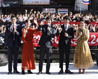 西島秀俊「観にきてや~」、道頓堀で「空母いぶき」記念イベント