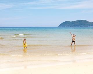 白砂のビーチにバーベキューも!夏を先どりできる福岡・糸島のドライブスポット3選