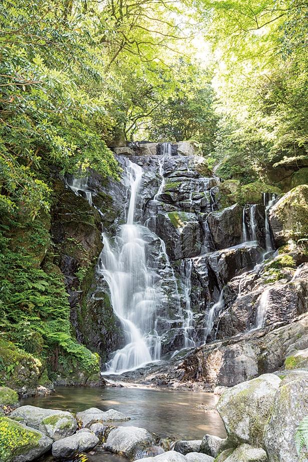 落差24mの白糸の滝 / 白糸の滝