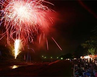 夏を先取りする花火大会や夜高行燈が見もの!富山県砺波市で「庄川観光祭」開催