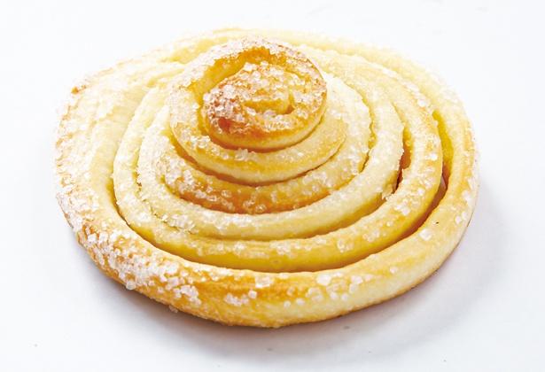 一番人気「うずまきパン(プレーン)」(3個入り 135円ほか)