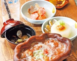 新感覚のスッポン料理!ダシをかけるタコ焼「蛸焼とおでん 友の」
