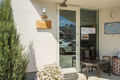 「dessert cafe HACHIDORI」外観
