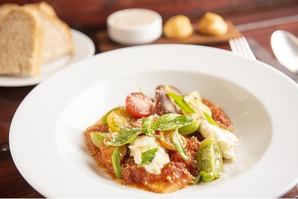 「カラフルトマトとリコッタチーズ シャラテッリ」(1,609円)