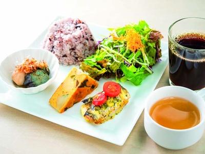 おまかせデリプレート3品(1000円)/京野菜レストラン 梅小路公園