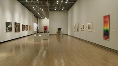 和歌山県立近代美術館で企画展「LOVE(your)LIFE まいにちがアート」が開催中