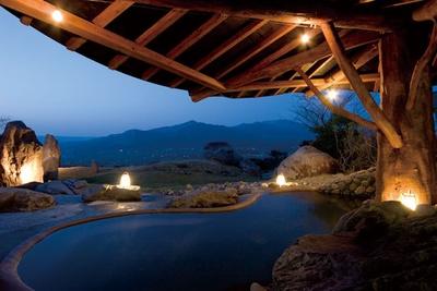 風呂はホテル棟にある天然温泉を使う / ホテルグリーンピア南阿蘇&ラグジュアリーキャンプ