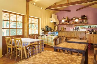 オリジナルの家具を配置する / ひつじcafé