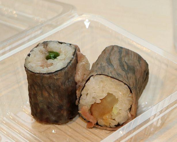 商業施設初の新業態店「ににぎ」(創作寿司・米粉天ぷら)には炙った肉で巻いた寿司も