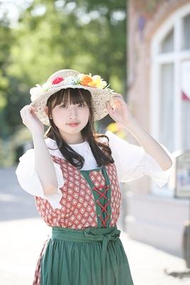 人気連載「SKE48のアルイテラブル!2」のスピンオフ企画として、「メンバーとこんなデートをしてみた~い♥」を勝手に妄想しちゃいました!今回の彼女は研究生の鈴木恋奈ちゃん♪