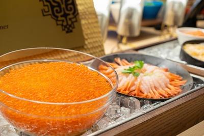 【画像】朝食から食べ放題の北海道産いくらと甘海老