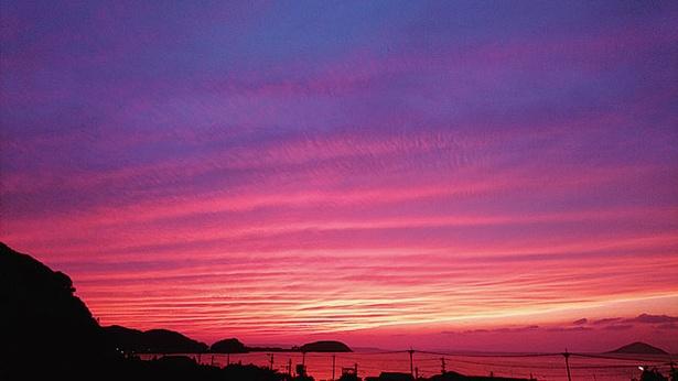 展望所から眺める夕日の絶景 / 鎮懐石八幡宮