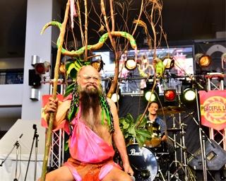 沖縄の夏をロックで彩る沖縄県沖縄市で「第36回ピースフルラブ・ロックフェスティバル2019」開催
