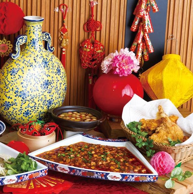 ヒルトン福岡シーホーク「美食の台湾フードフェア」 / 定番料理から、食後にうれしいデザートまで約20種がブッフェ台に並ぶ