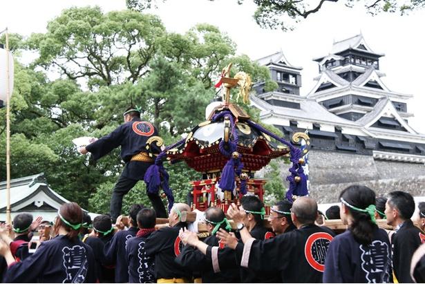熊本 / 清正公まつり / 最大の見どころは、7/28(日)に行われる神幸行列でのみこしの競演