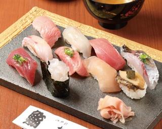 ミシュランが認めた岐阜の名店!食材にこだわり抜いた絶品寿司がお値打ちに味わえる!!