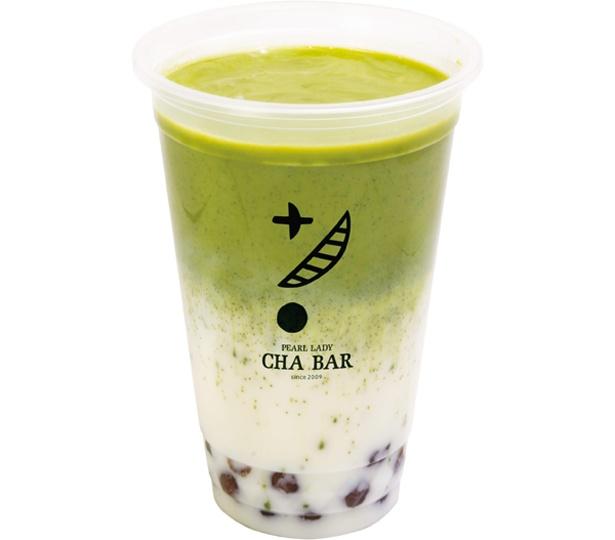 牛乳のまろやかな味わいが楽しめる霧抹茶ミルク 薄霧(400円)/CHA BAR京都河原町OPA
