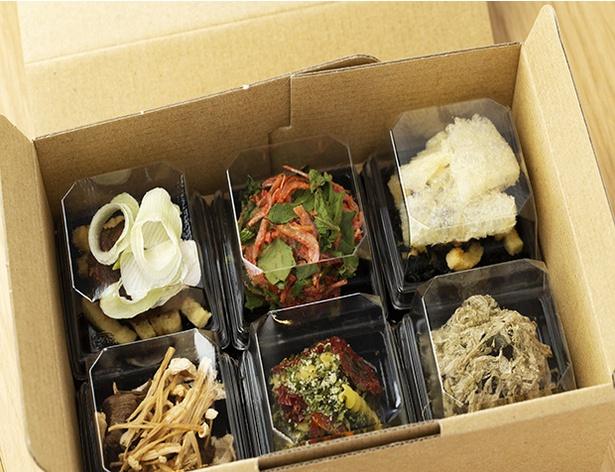 【写真を見る】お好みのチョイスを詰め合わせられるギフト BOXは6個、10個用(各108円)