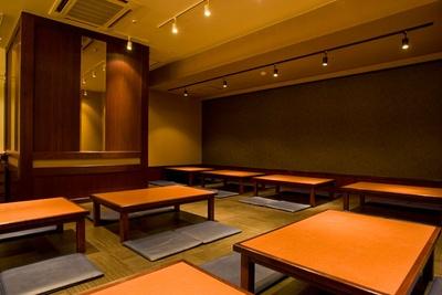 座敷は2階フロアにある / ベジスタイルダイニング在。 博多駅筑紫口店