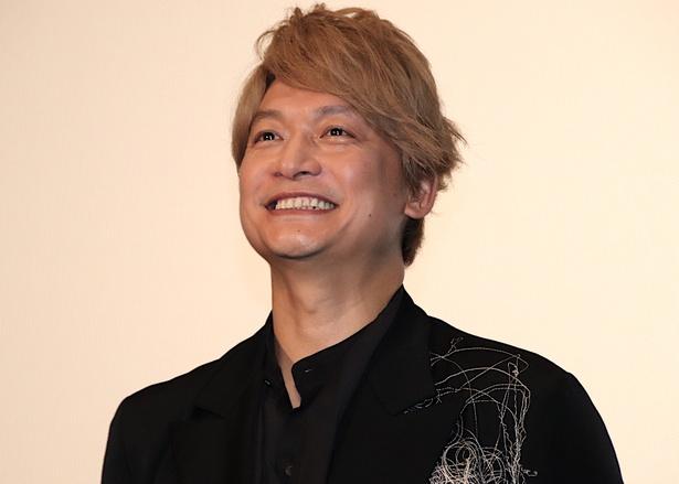 香取慎吾、新境地となって初めての単独主演映画『凪待ち』の公開に笑顔!