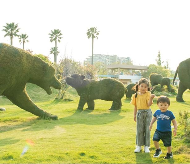 かしいかえん シルバニアガーデン / 「緑の動物園」は実物大のゾウやキリンが迫力あり