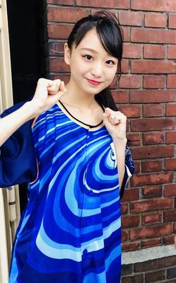 「横浜ウォーカー」のメディアランナーとして、アイドルグループ「=LOVE(イコールラブ)」の瀧脇笙古(たきわきしょうこ)が参加
