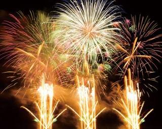 西日本最大級の花火大会に!音楽と花火を融合させた「泉州 光と音の夢花火」の攻略法を紹介
